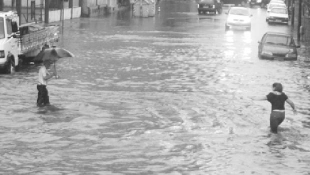 Jornalista goiano residente em Porto Alegre usa exemplos cotidianos para falar da falta de empatia no mundo de hoje