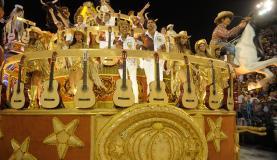 Imperatriz apresenta um enredo que homenageia a dupla sertaneja Zezé di Camargo e Luciano| Foto: Tomaz Silva/Agência Brasil