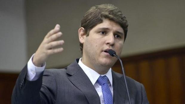Lucas Calil planeja voltar para a Assembleia Legislativa antes de dezembro