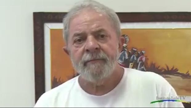"""Lula da Silva em vídeo para militantes e sem citar escândalos: """"Erramos e temos de pagar pelos nossos erros"""""""