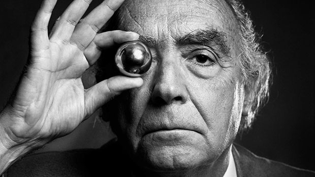 O Prêmio Nobel de 1998, único da Literatura Portuguesa até o momento, não terá tido até então um especialista tão conhecedor dos meandros, às vezes até enigmáticos, de sua obra como o professor da Universidade de São Paulo   Foto: reprodução