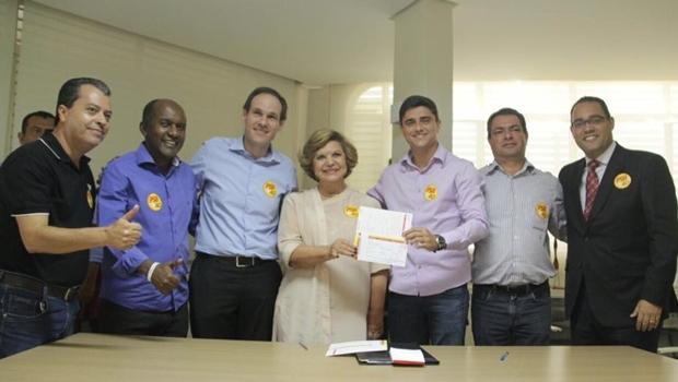 Diego Sorgatto e a senadora Lúcia Vânia (centro) | Foto: reprodução / PSB Goiás