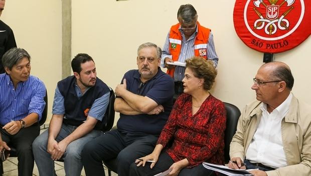 Dilma e o governador de São Paulo, Geraldo Alckmin (à dir.) | Foto: Roberto Stuckert / PR