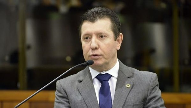 José Nelto defende candidatura do PMDB em 2018 e refuta apoio a Ronaldo Caiado