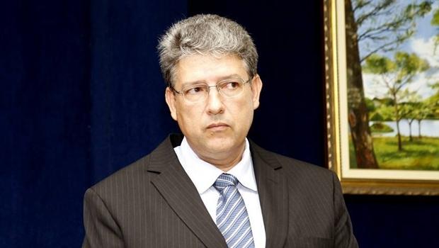 Reinaldo Candido já não ocupa o cargo de prefeito de Goiatuba desde 2013 | Foto: reprodução/Facebook