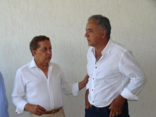 Divino Lemes e Walter Paulo foto do facebook 12961725_558506470997767_4871992966024791623_n