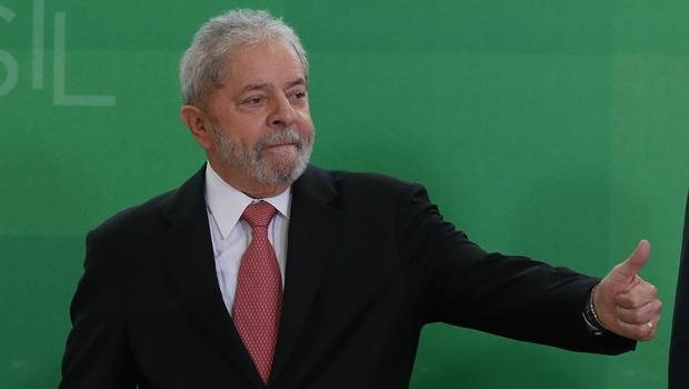 Lula diz que não está doente e garante que o site Pensa Brasil mente quando fala de sua saúde