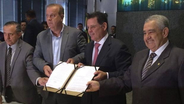 """""""Lei que renova concessão da Saneago acaba de vez com boatos de privatização"""""""