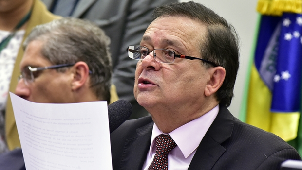 """""""Quem faz a 'lista de supermercado' é o Congresso"""", ironiza Jovair Arantes"""