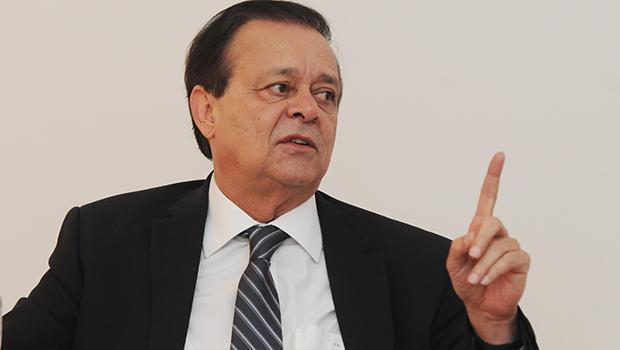 Jovair Arantes nega articulação para assumir ministério de Temer