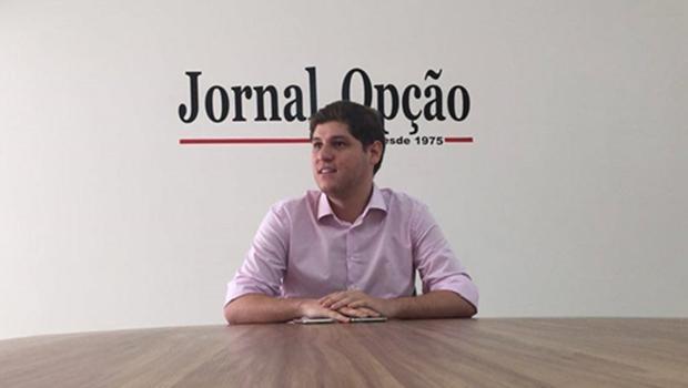 """""""Sobra dinheiro em caixa e  incompetência do governo em gerir e empregar esse dinheiro"""", diz Lucas Calil"""