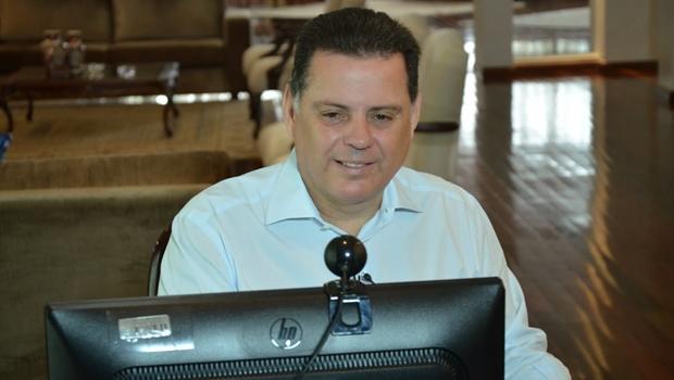 Governador durante um hangout | Foto: Eduardo Ferreira