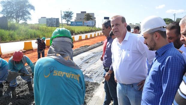 Paulo Garcia garante trecho do BRT em funcionamento até fim de 2016