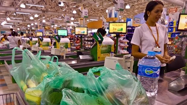 Resultado de imagem para embalador supermercado