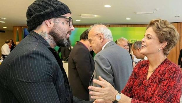 """Detonautas também lança música contra o impeachment. Ouça """"O Morro Mandou Avisar"""""""
