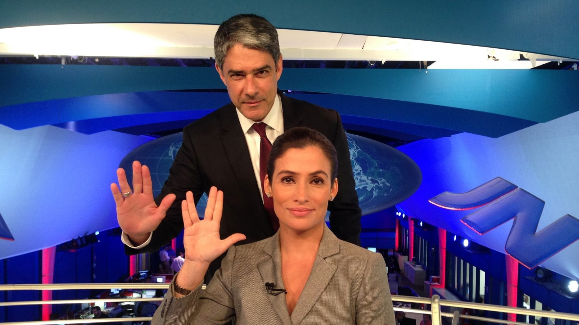 Renata Vasconcellos não tem Covid-19 e deixa provisoriamente o Jornal Nacional por motivos pessoais
