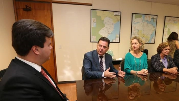 Ministro Fernando Bezerra Coelho com o governador Marconi Perillo, a secretária Ana Carla Abrão e a senadora Lúcia Vânia