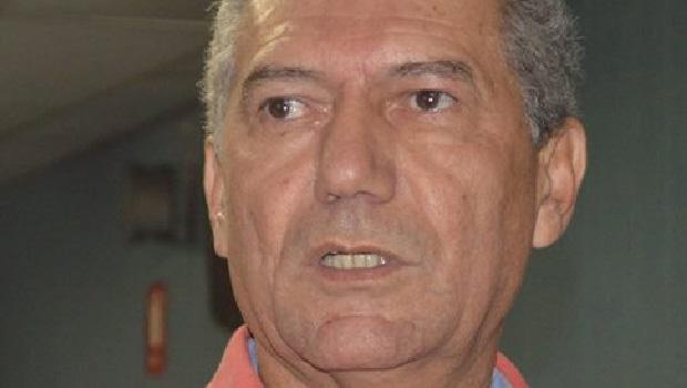 Divino Lemes, se ficar fora da disputa, deve apoiar Roberto Lopes para prefeito de Senador Canedo