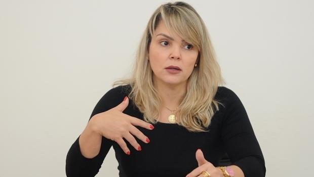 Delegada Ana Elisa Gomes em entrevista ao Jornal Opção | Foto: Renan Accioly