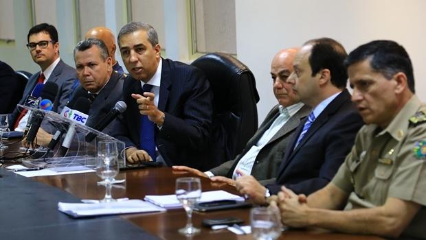 Secretário José Eliton concede coletiva de imprensa   Foto: Wildes Barbosa