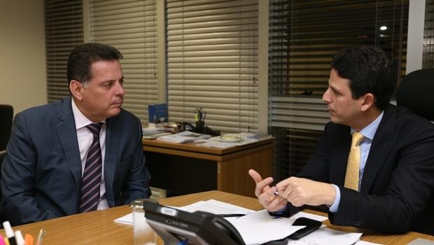Governador e ministro conversam em Brasília | Foto: Henrique Luiz