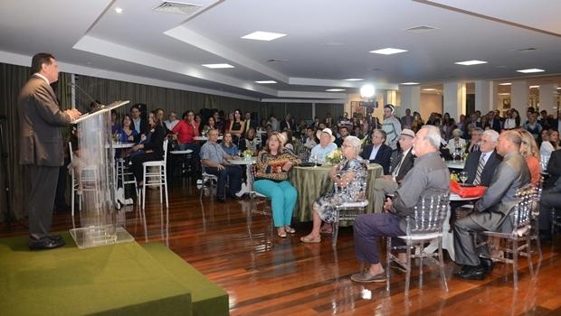 Governador Marconi Perillo discursa durante evento no Palácio das Esmeraldas | Foto: Mantovani Fernandes