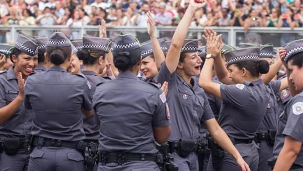 Deputados aprovam projeto que reserva vagas para mulheres na PM de Goiás