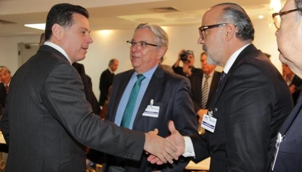 Governador recebeu convite do presidente do Instituto Brasileiro das Organizações Sociais (IBROSS)   Foto: Marco Monteiro