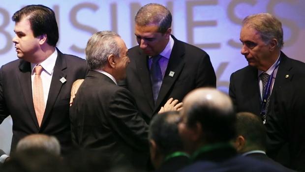 Vice-governador José Eliton (PSDB) dividiu palco da abertura do evento com o presidente interino Michel Temer (PMDB) | Foto: Wildes Barbosa