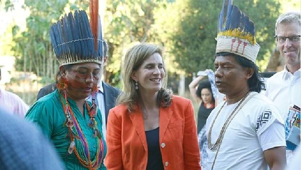"""Princesa Maria Esmeralda, da Bélgica, com os xerentes: """"Eles sempre foram deixados de lado. Temos de proteger seus direitos"""""""