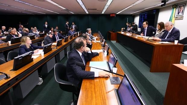 Comissão especial que analisa legalização de jogos de azar no Brasil | Foto: Antônio Augusto/ Agência Câmara