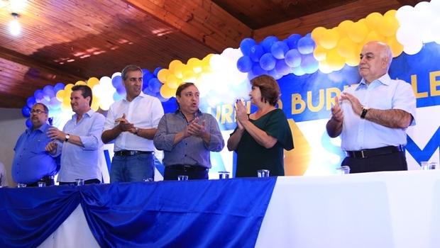 José Eliton, Vecci e Helio de Sousa durante o evento na cidade