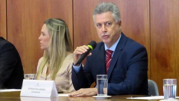 """Deputada diz que o governador Rodrigo Rollemberg """"fuma maconha demais"""""""