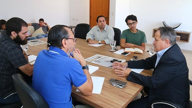 """Carlos Antonio em entrevista ao Jornal Opção: """"O Centro de Convenções, por ser o segundo melhor do País, vai trazer um incremento muito forte no turismo de eventos em Anápolis"""""""