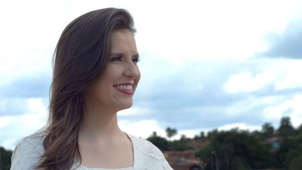 Nárcia Kelly, candidata a prefeito de Bela Vista de Goiás pelo PTB, trabalha por uma campanha pacífica