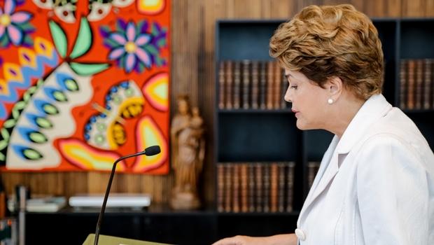 Presidenta afastada Dilma Rousseff durante divulgação de mensagem ao Senado e ao Povo Brasileiro no Palácio da Alvorada. |Foto: Roberto Stuckert Filho/PR
