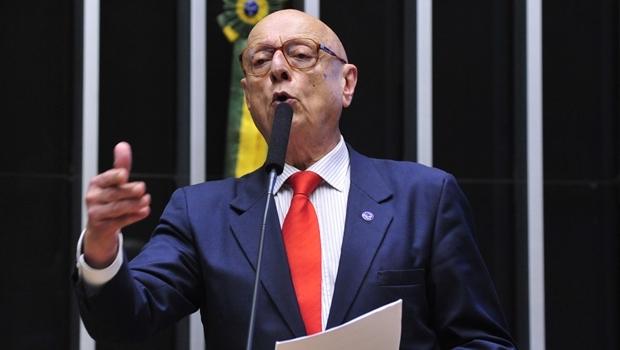 Esperidião Amin (PP-SC) é o relator do projeto | Foto: Luis Macedo