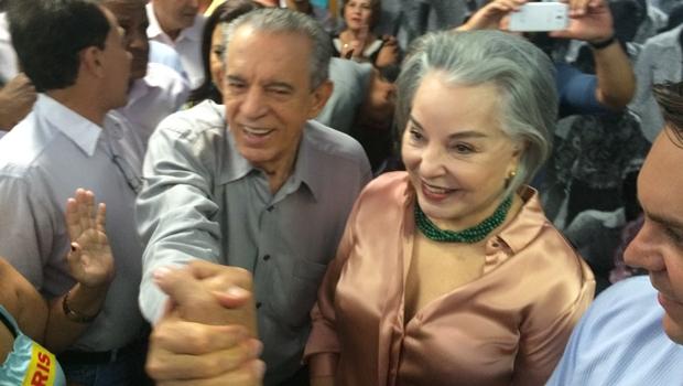 Candidatos a deputado federal em 2018, Iris Araújo e Samuel Almeida travam guerra na prefeitura