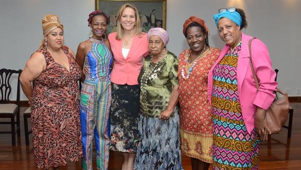 Secretária Lêda Borges participa de lançamento do Programa Afro-empreendedor | Foto: Secretaria Cidadã