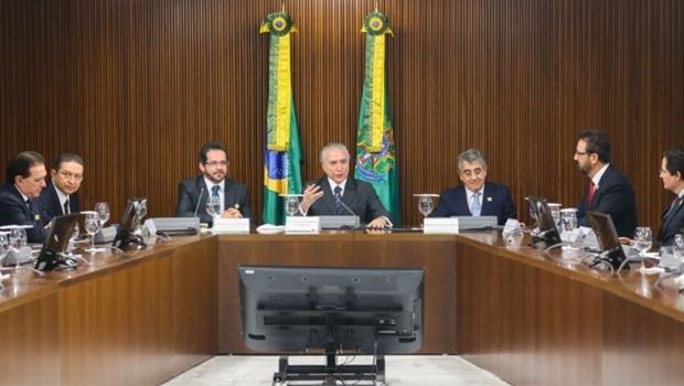 Michel Temer (PMDB) recebeu os presidentes dos tribunais de conta para uma reunião nesta quarta-feira (18/8)   Foto: Antônio Cruz/Agência Brasil