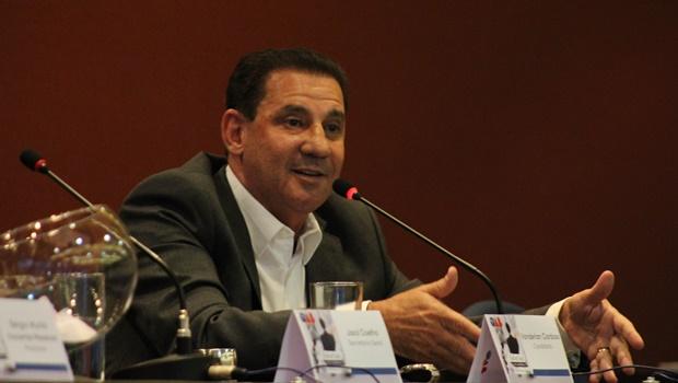 Vanderlan Cardoso defende propostas em sabatina da OAB-GO