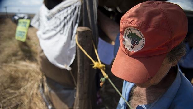 Fazenda de senadora do RS é invadida por MST em Goiás