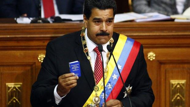 Vinte milhões de venezuelanos vão às urnas neste domingo (20)
