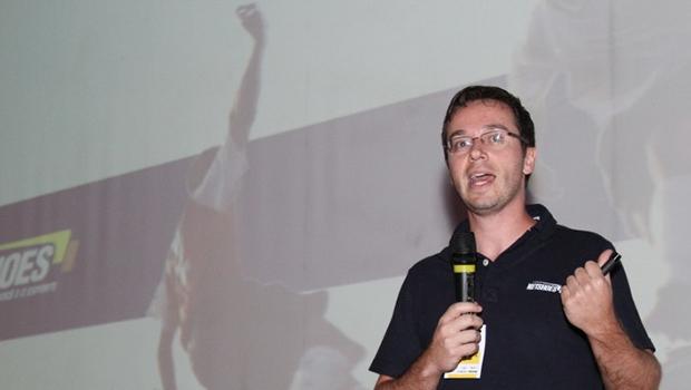 Palestrante Renato Mendes vem falar sobre a Netshoes, uma empresa de fundo de quintal que se tornou referência mundial no comércio pela internet | Foto: Divulgação