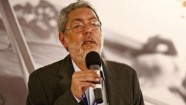 Toffoli cassa liminar e Ricardo Melo deixa presidência da EBC