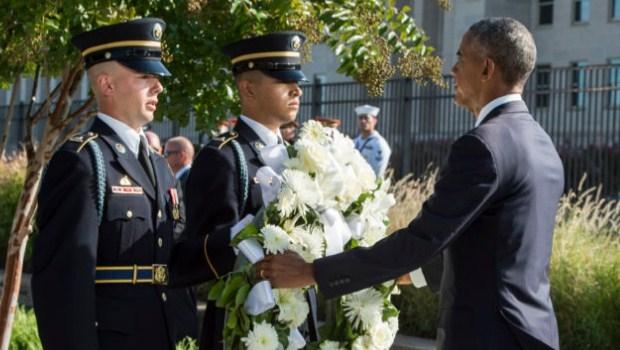 Barack Obama assiste cerimônia em homenagem ao 15º aniversário dos ataques de 11 de setembro  Foto: Sgt. Brigitte N. Brantley / U.S. Air Force