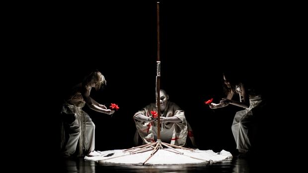 Grupo Sonhus Teatro Ritual apresenta Travessia Kanü-Shi no Teatro Goiânia