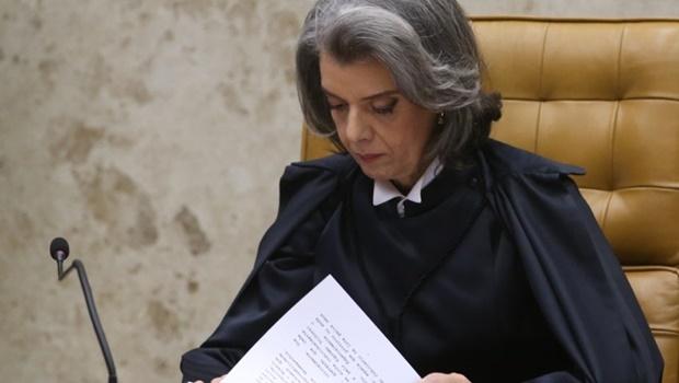 Brasília - Cerimônia de posse da nova presidente do Supremo Tribunal Federal (STF), ministra Cármen Lúcia (Wilson Dias/Agência Brasil)