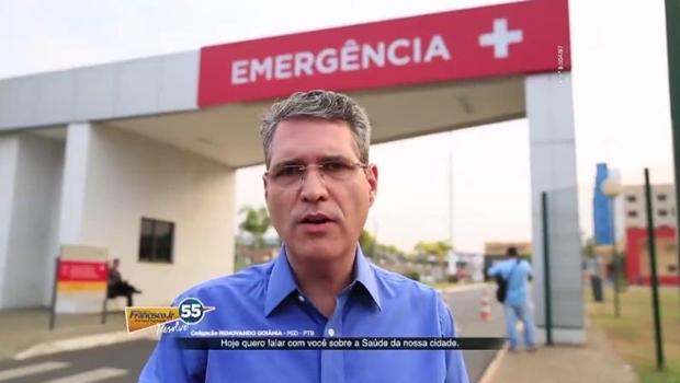 Francisco Jr. em frente ao Hugol | Foto: reprodução