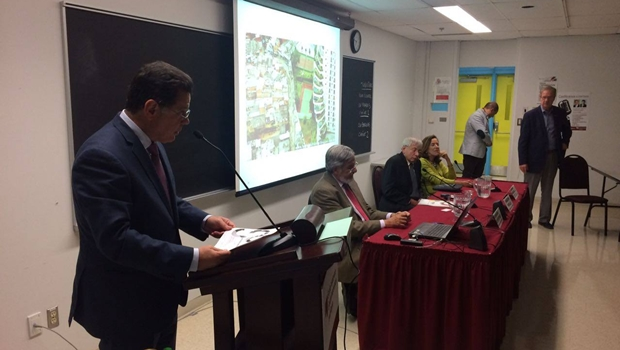 Marconi discursa em conferência na Escola Nacional de Administração Pública do Québec | Foto: Reprodução / Facebook
